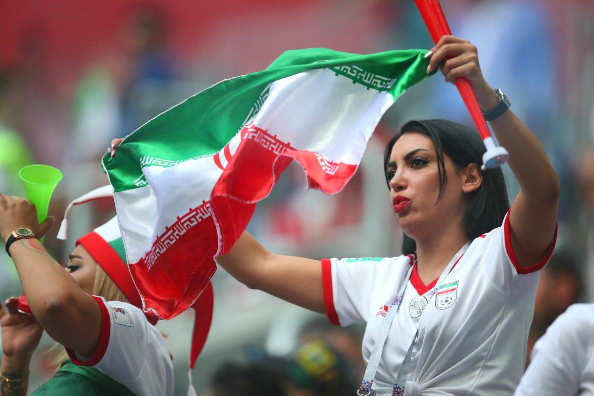 #رياضة |السلطات الإيرانية تسمح للنساء بالدخول إلى ملاعب كرة القدم لمتابعة مباريات المنتخب الإيراني في تصفيات كأس العالم #قطر_2022.#جريدة_الراية_القطرية