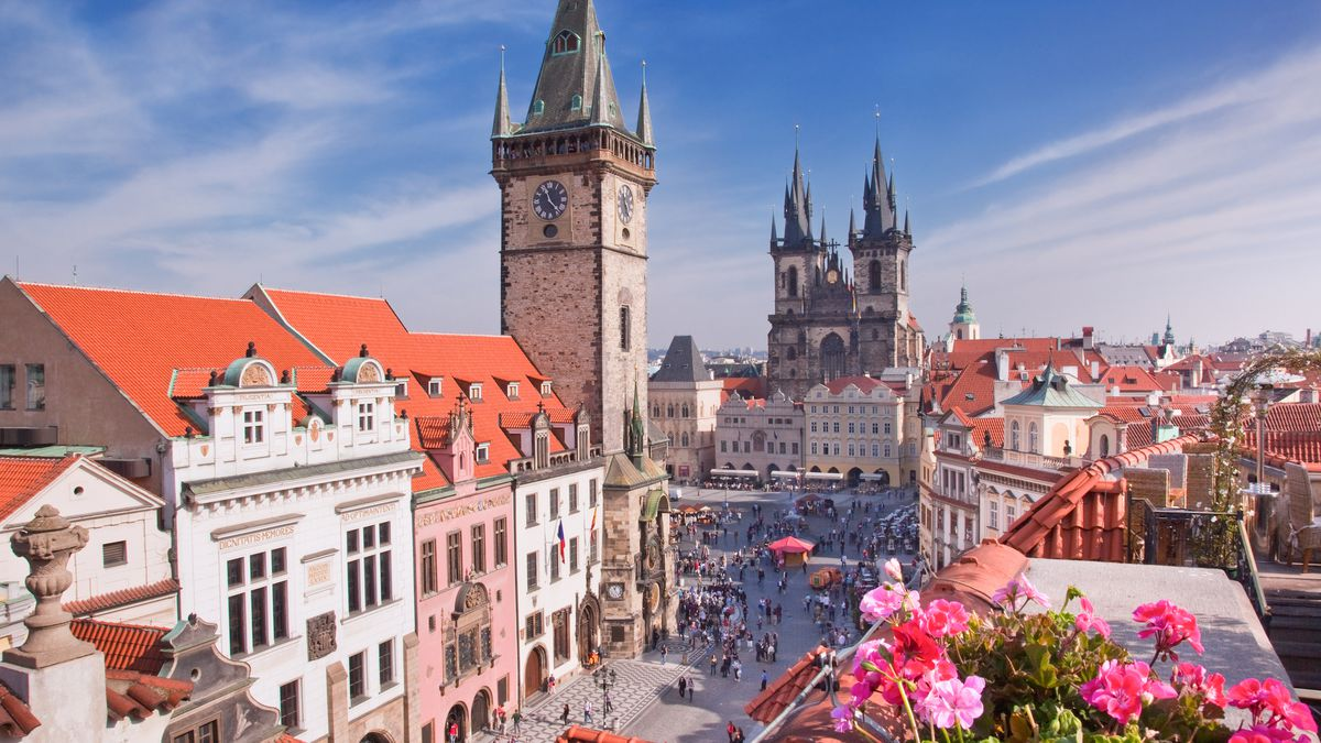 Czech these out: Flights to Prague from only £26 return http://dlvr.it/RBrsmz  #WednesdayWisdom #ThursdayThoughts #FridayFeeling #SaturdayMorning #SundayMorning #MondayMotivation #TuesdayThoughts #MondayMorning #TuesdayThoughts #WednesdayWisdom #Thursd…
