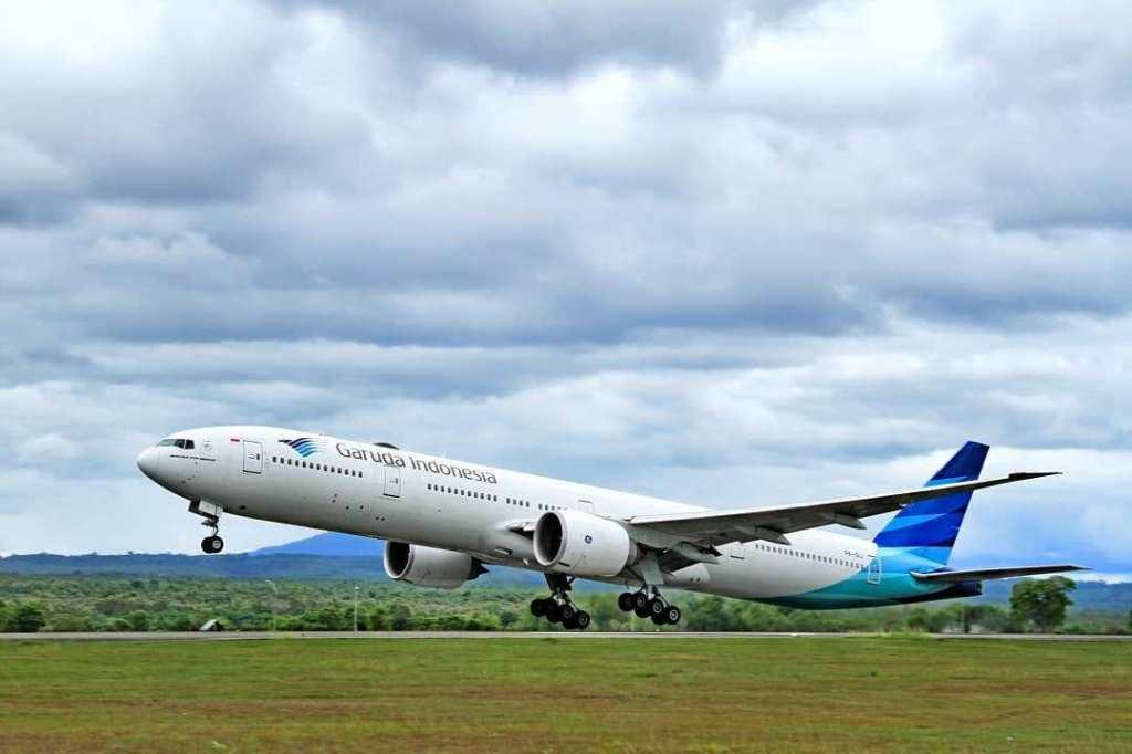 Gunakan ATR, Garuda Indonesia Buka 2 Rute PenerbanganBaru https://t.co/NaxFkHm2qt https://t.co/fVeZK5MGaY