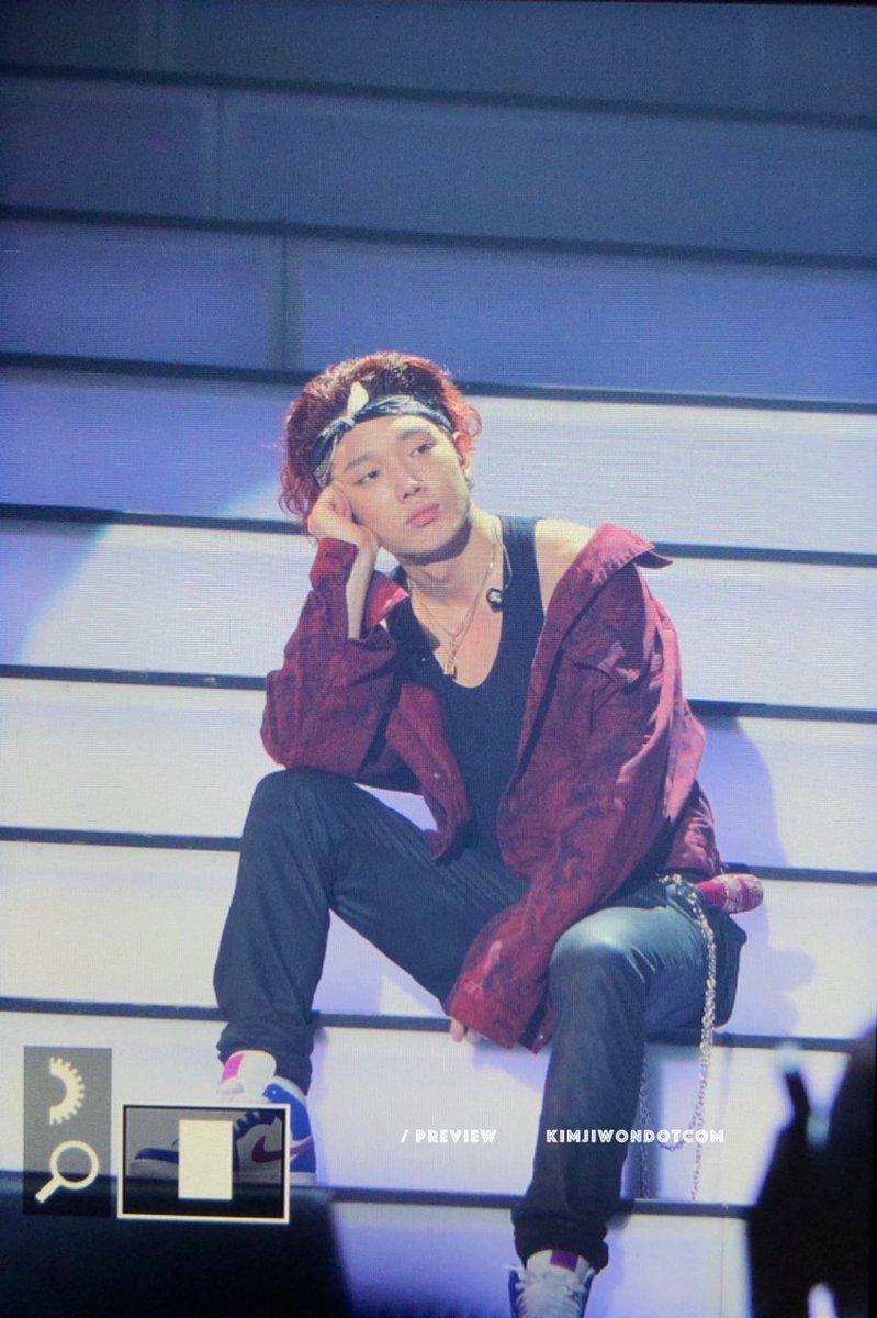 It's so sad to see you like this  Let's wait a little longer, you are strong, Hanbin is strong, iKON is strong @bobbyranika #iKONJapanTour2019_Sendai <br>http://pic.twitter.com/Yd2cukMZio
