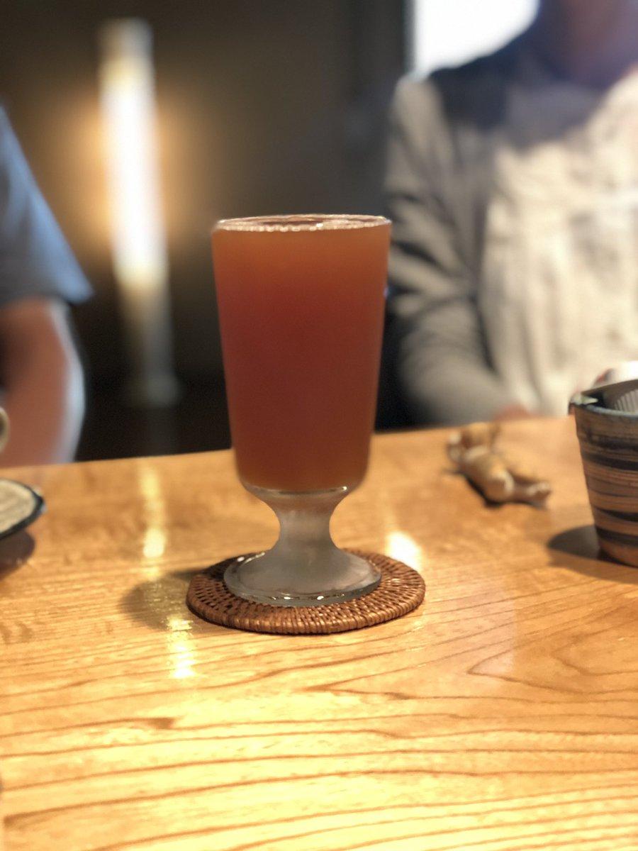 今朝ね、コーヒータイムの時にお馴染みの #ふじさん ご夫妻が「一杯だけいいですか?」って #米沢ジャックスブルワリー の #IPA をオーダーくださいました。夏休みならではの贅沢♪なんだか嬉しくなりました。昨夜は #ゴールデンエール 。喜んでもらえてよかったーん♡うん、夏休み満喫しようね pic.twitter.com/IGU3G1rpsW