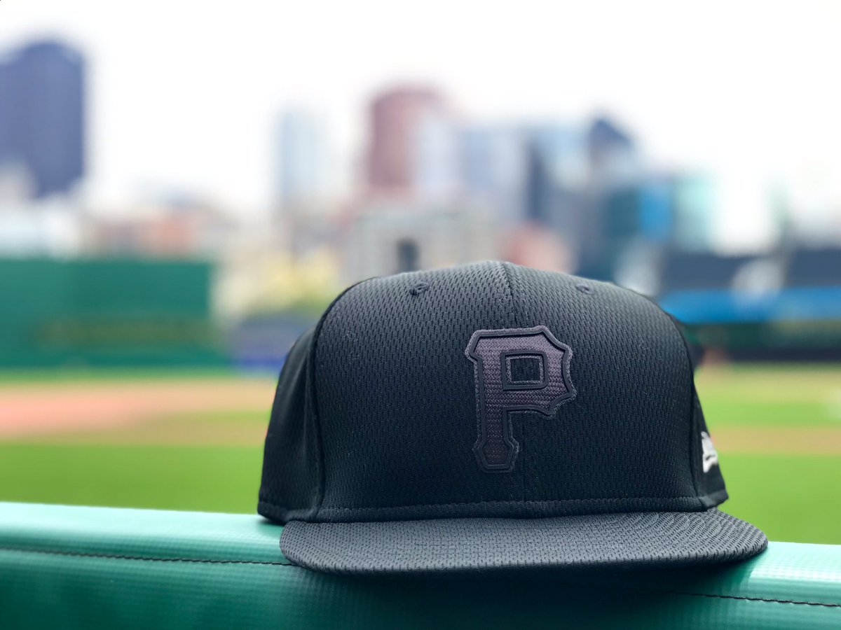 RETWEET THIS now for a chance to win one of our #PlayersWeekend hats!