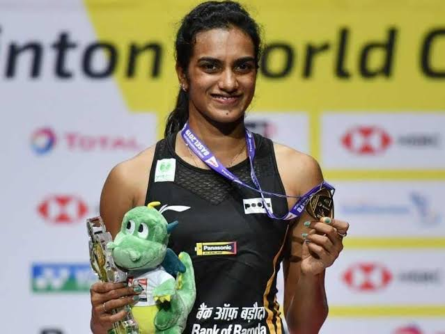 Big Congratulations to @Pvsindhu1 for winning gold at #BWFWorldChampionships2019. Your historical achievement will surely encourage the young generation to pursue badminton as a career. #ProudMoment #PVSindhu #BWFWC2019 <br>http://pic.twitter.com/Jgw3EGYwdZ