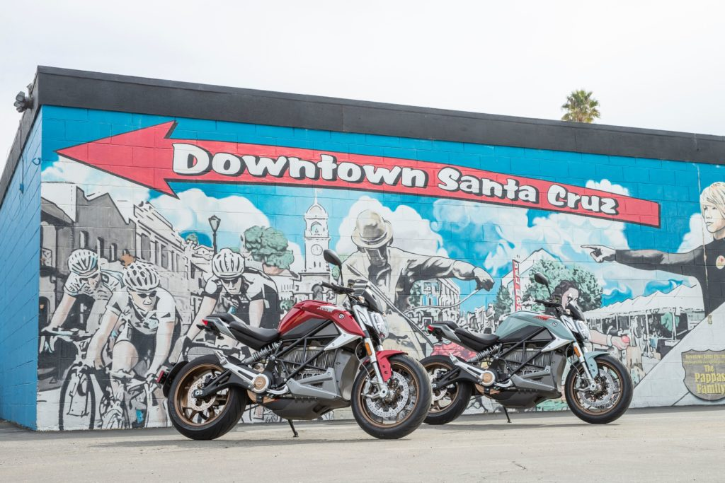 From April this year: Alan Cathcarts first ride of ZERO's SR/F streetfighter.@ZeroMC MotorcyclesLink to full review - http://bit.ly/2U1SExw#Cathcart #electric #electricbike #ElectricMotorcycle #streetfighter #Test #zero #ZeroMotorcycles #ZeroMotorcyclesSRF #ZeroSR/F