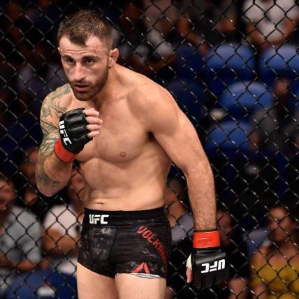 According to several reports the @ufc is finalizing @Alexvolkanovski Alexander Volkanovski Vs @BlessedMMA  Max Holloway for #UFC245 https://t.co/GatSZviNM0