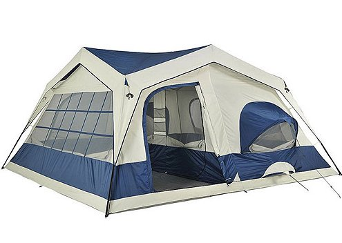 My tent is huge enough for 3 extra people. Anyone interested? #FieldTripFE3H <br>http://pic.twitter.com/PHlbAlJyv6