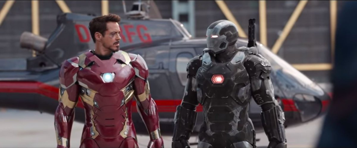 @SpiderPunk2003 @DelonLuu I feel the grainy look was appropriate in Winter Soldier. Civil War I think needed more post-edit color grading. Even someone w/ zero experience in film whatsoever can use free software to make Iron Man look red, at least. The saturation is off but my point is the color.
