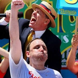 In our latest episode, WEIRD SPORTS, Lachlan chronicled the amazing career of Joey Chestnut, the Wayne Gretzky of competitive eating.  iTunes: https://t.co/A1ZlMV2yeS SoundCloud: https://t.co/PjybtqDAQe Spotify: https://t.co/d2QuKnKVjE  #podcast #mle #joeychestnut https://t.co/LdAibofz0l