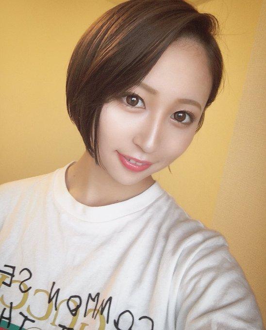 グラビアアイドル高橋美憂のTwitter自撮りエロ画像33