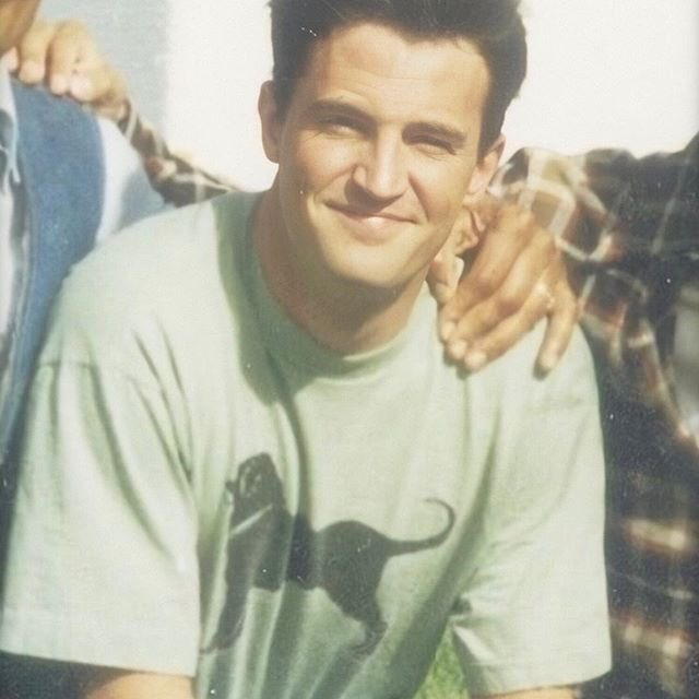 RT @ironscottyy: young matthew perry can punch me in the face and i will be eternally grateful https://t.co/qOfJXlJc1P