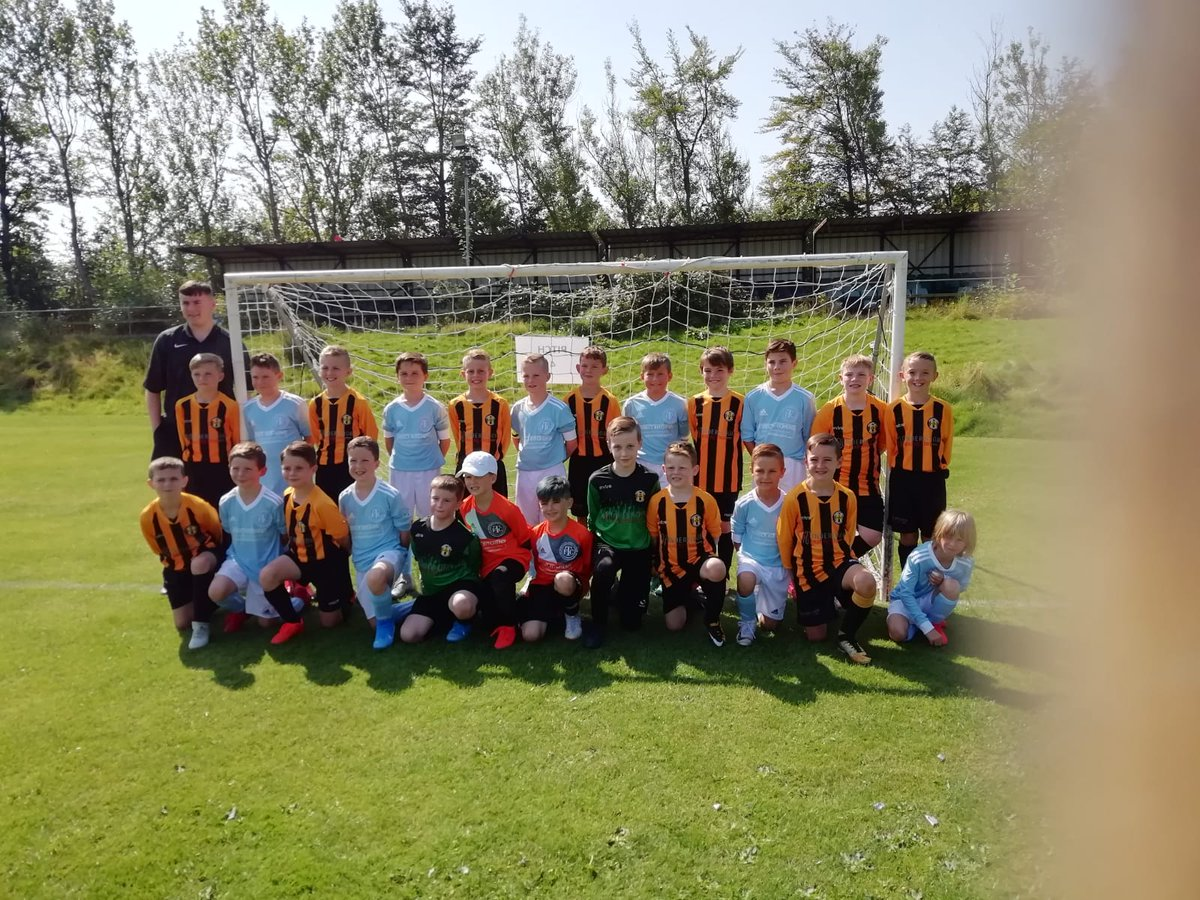 Thank you to @ThorncliffeU10s for joining us yesterday for the #Nige memorial game  What a great day topped of by our coach Ryan