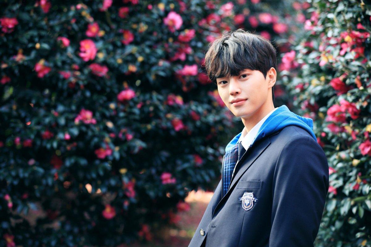 Seo Kang Joon Pics On Twitter Hwang Sun Ho Just Stole My Fucking Heart Lovealarm