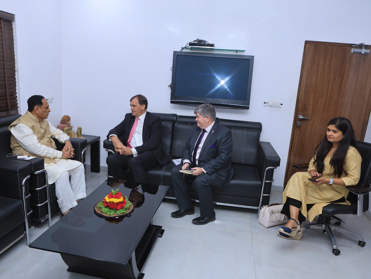 U.K High Commissioner to India pays courtesy visit to Gujarat CM