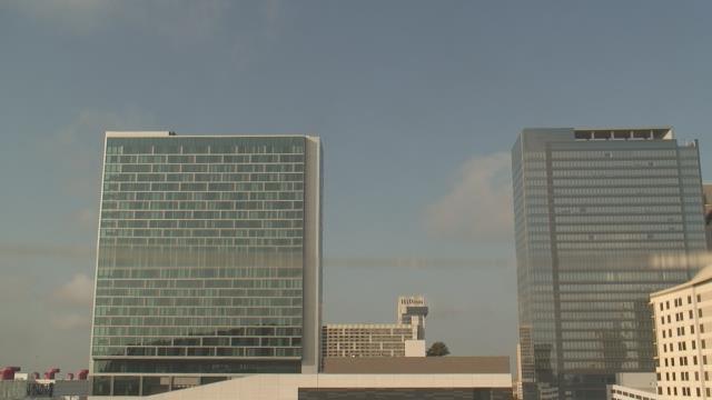 It's 83F in #Houston w few clouds & 5.82mph winds, 83% humidity #htx https://t.co/ZTpWjfLKZO https://t.co/sjExNHLp8g