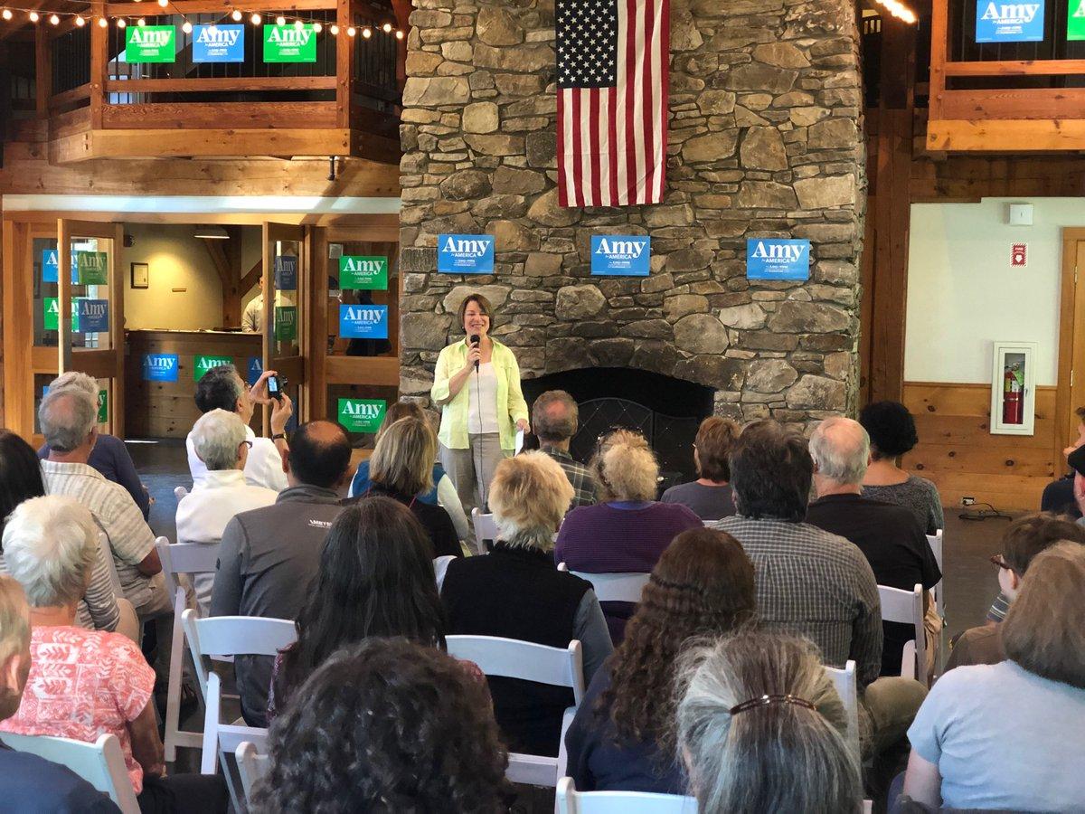 NPOTUS Amy Klobuchar at Stonewall Farm in Keene NH #TeamAmy #AmyForAmerica https://t.co/GYUgvvfmP1