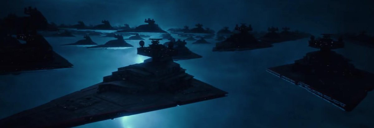 I've been at college all day but I'm FINALLY home and can talk about Star Wars in full. I might be late to the game but has anyone else caught on that these are classic Imperial Star Destroyers and NOT First Order Class Star Destroyers?! https://t.co/sAEn1KrP7g