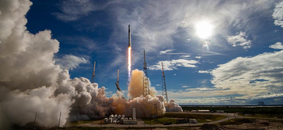 RT @Forbes: Astranis selected SpaceX to launch its 1st commercial satellite https://t.co/HJGExFBls5 by @TheAlexKnapp https://t.co/qpyoFgjweA