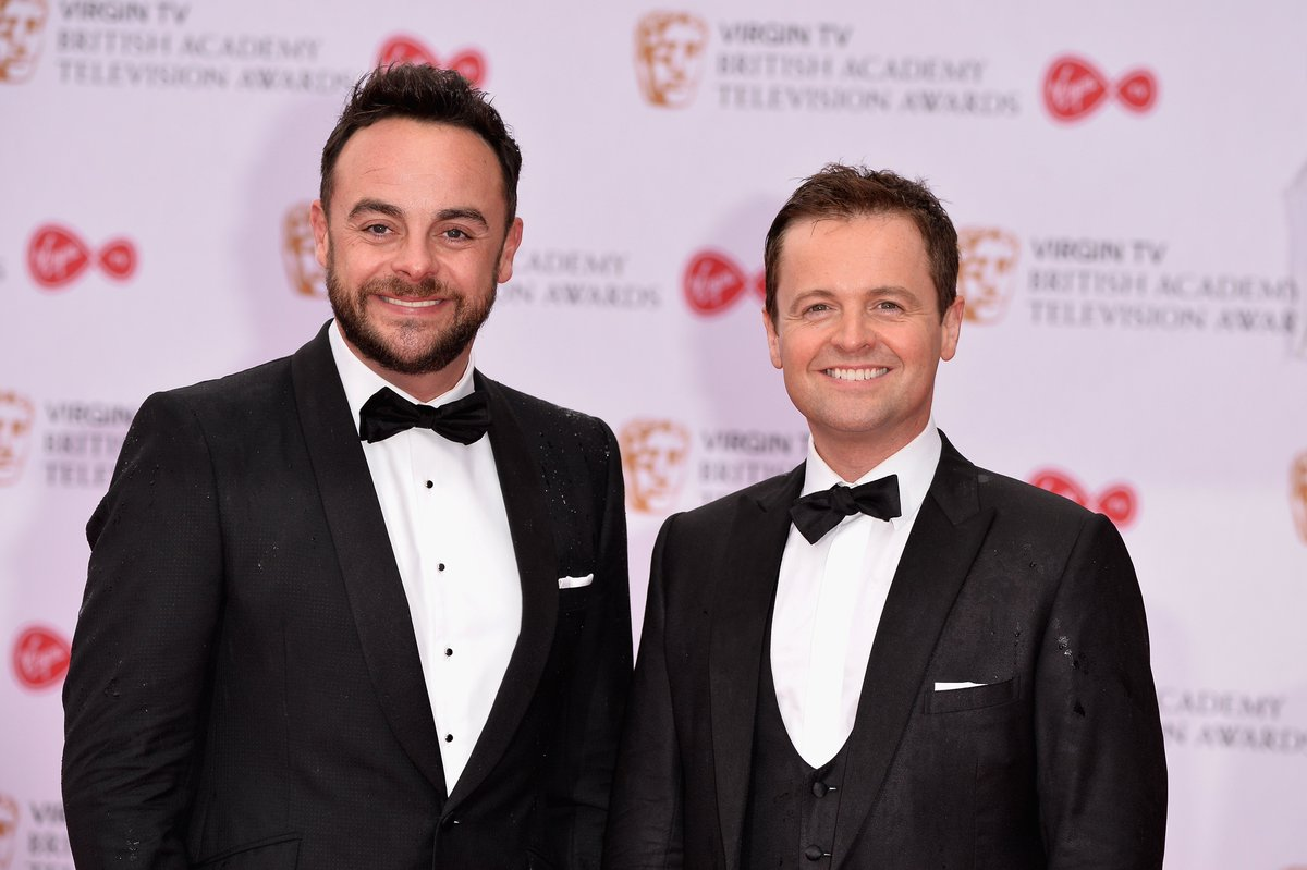 Declan Donnelly may go Vegan in a bid to stay 'looking good' like Simon Cowell   https://t.co/QeEPj4pzo1 https://t.co/z0JvFUCKov