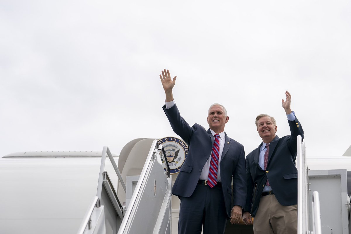 RT @MysterySolvent: Where are Mike Pence and  Lindsey Graham off to? https://t.co/Ia7ndQHpRs