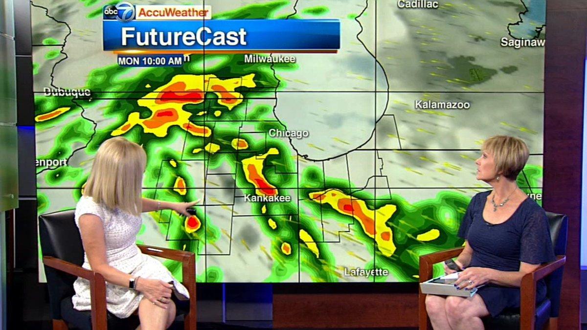 Chicago Weather: Rain moves through area Monday https://t.co/t9DOeAynaX https://t.co/SA7FlSxLCV