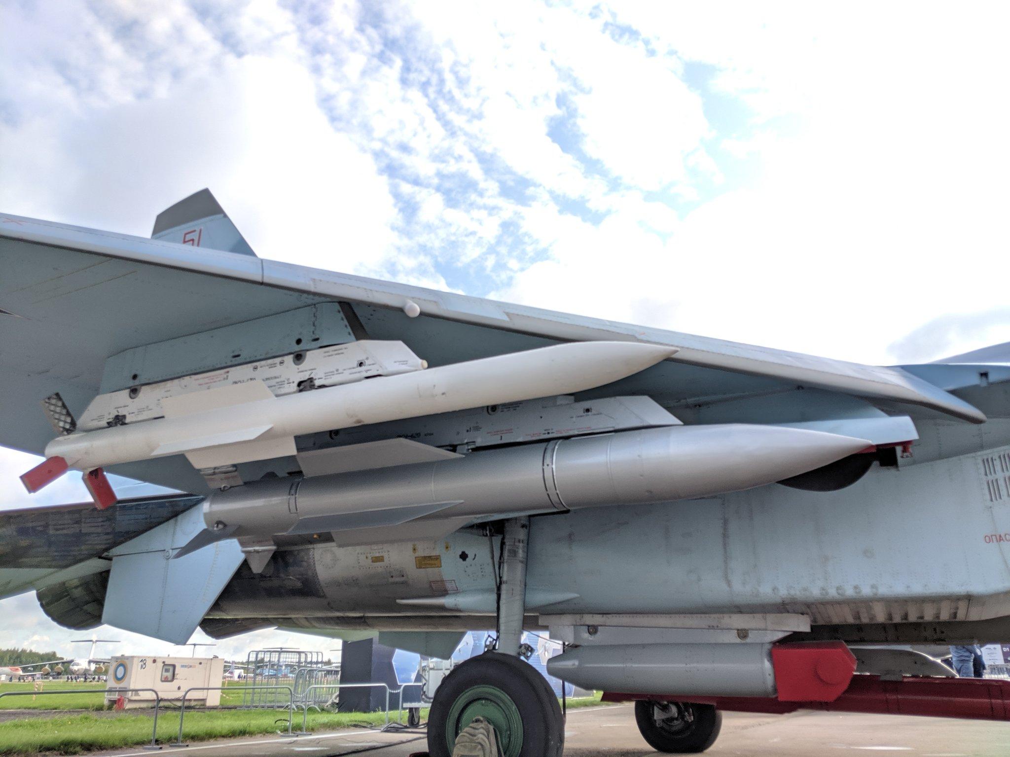 Su-35S: News - Page 30 EC9OQogWkAA_30U?format=jpg&name=4096x4096