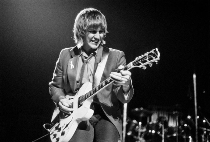 Happy Birthday to Rush guitarist Alex Lifeson, born on this day in Toronto, Ontario in 1953.