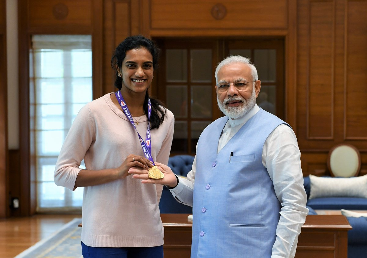 India's pride, a champion who has brought home a Gold and lots of glory! Happy to have met @Pvsindhu1. Congratulated her and wished her the very best for her future endeavours.