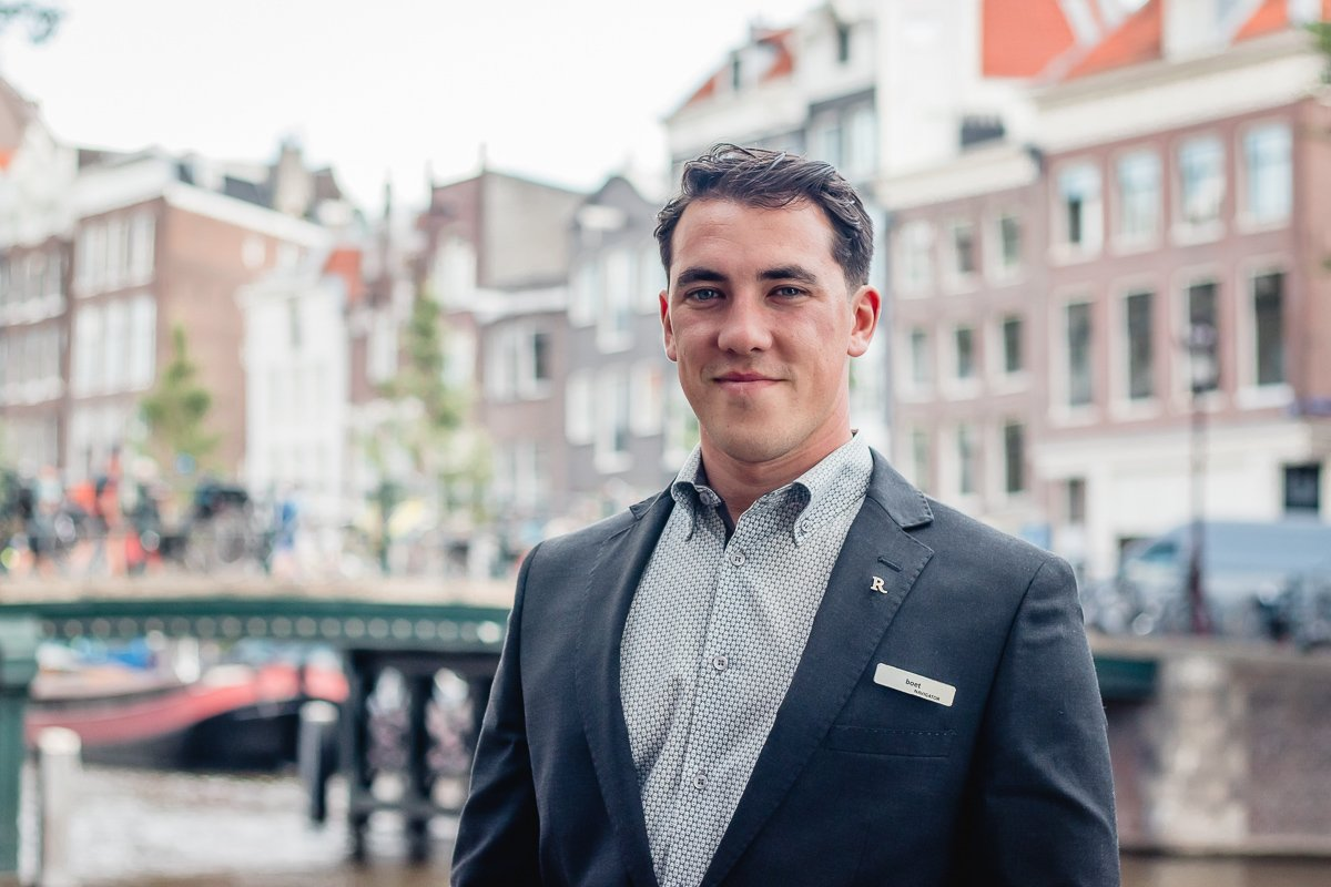 Meet Boet: your local navigator! Whenever Boet is not working in the hotel, you can find him out and about in Amsterdam searching for the most intriguing, new, and imaginative experiences the neighborhood has to offer. #DiscoverThisWay #RenNavigator #renhotels https://t.co/08R7rSFaMg