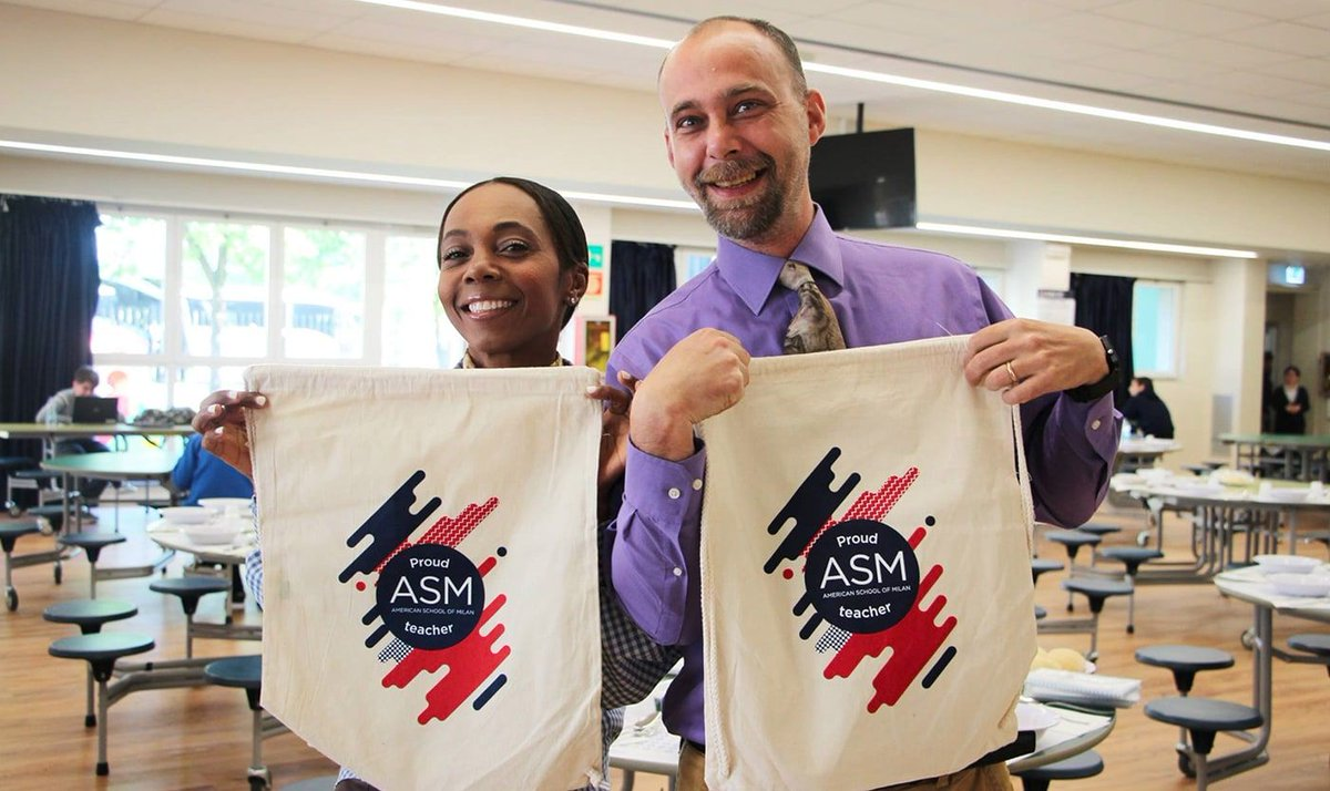 The @ASMilan is committed to training tomorrow's leaders also through customized products, a very powerful tool in building a community.  FIND OUT MORE! --> https://t.co/JnHPfevFkN ⭐⭐⭐⭐⭐ https://t.co/pZyT1arYQy