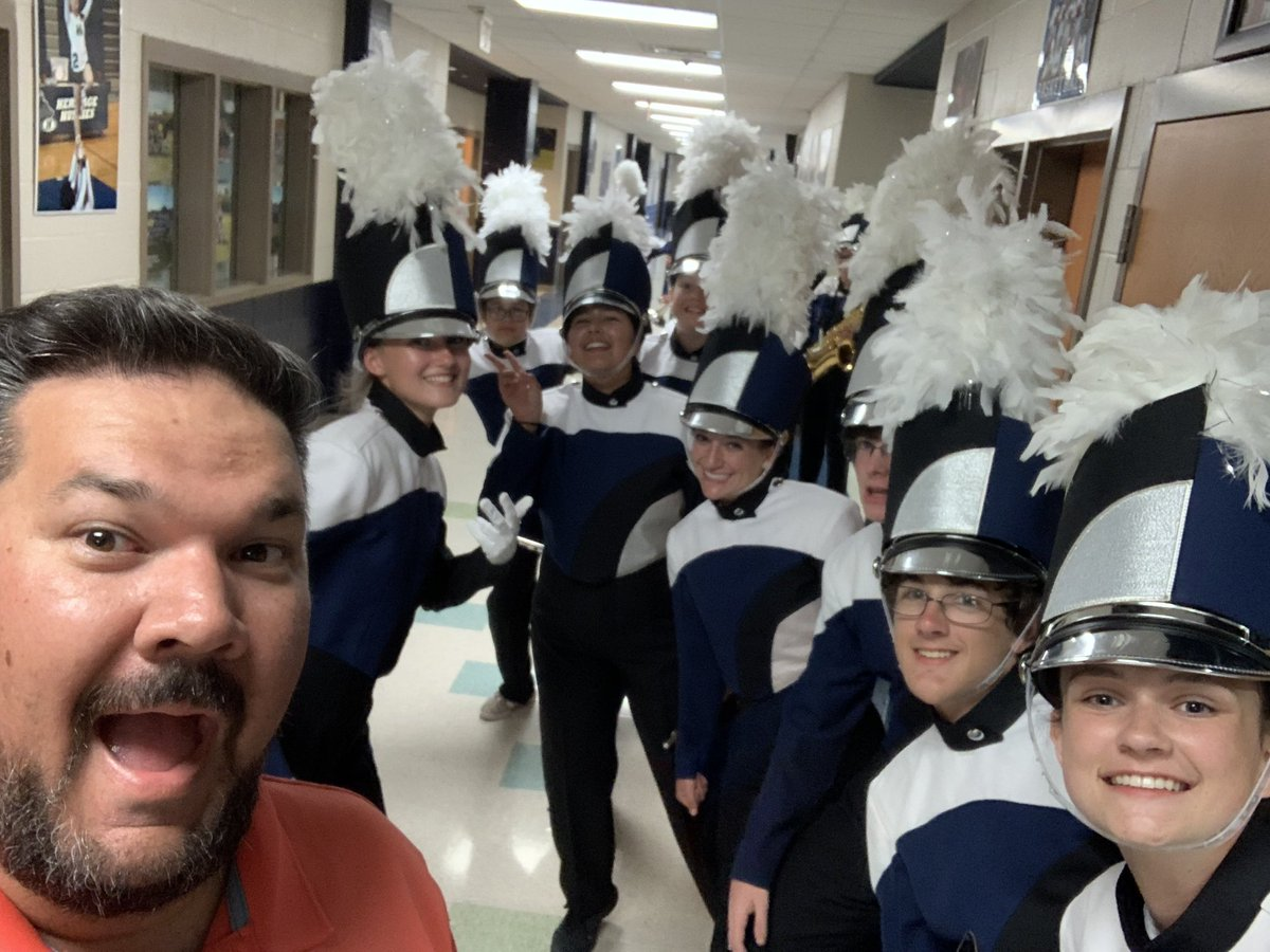 Always a pleasure to work with these kids @HeritageHS_Band. #TheHeritageWay #HardWork #PreviewShow<br>http://pic.twitter.com/Di2Nfm4SjD