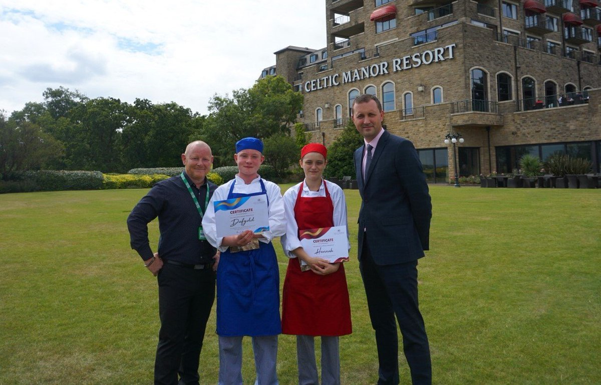 Hospitality Apprenticeship Week gave us a great opportunity to celebrate the talent we are developing through our training programmes. Business Blog: https://www.celtic-manor.com/blog/celebrating-the-development-of-talent…