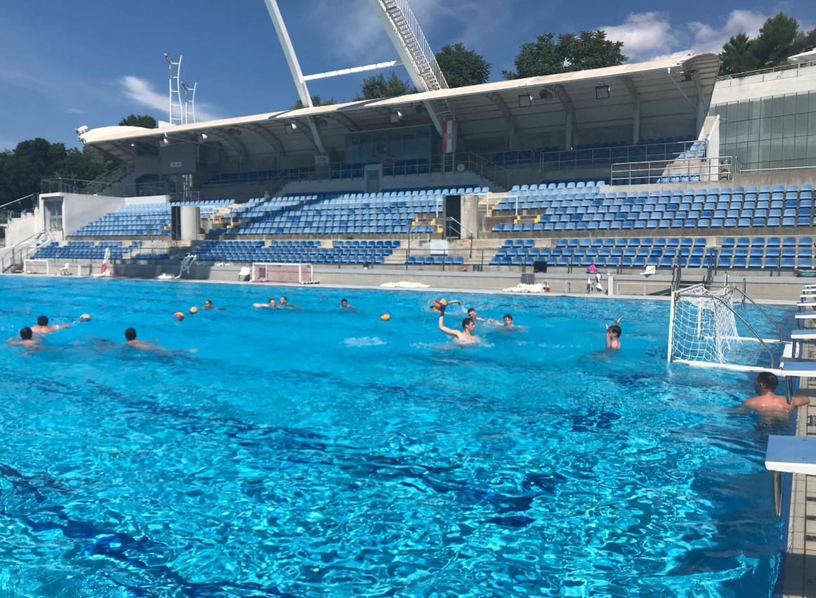 Lovely conditions for water polo in Rijeka, Croatia as the British U19 players are put through their paces.They'll gain some valuable experience in the H2O Cup this weekend. 👏