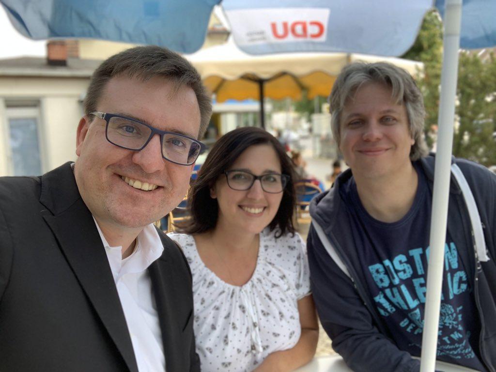 Wieder spannende Gespräche für @Janineschn01, Christopher Kuhn und mich in #Haselhorst. Von #Verkehr, über mögliche politische Zusammenarbeiten bis zu Pachtverträgen war alles dabei. #KommunalpolitikvorOrt #bvvspandau