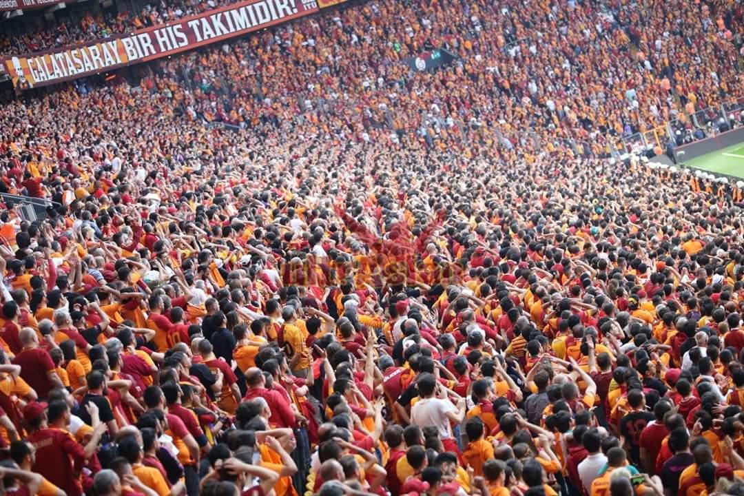#BuguenGuenlerdenGALATASARAY @GalatasaraySK