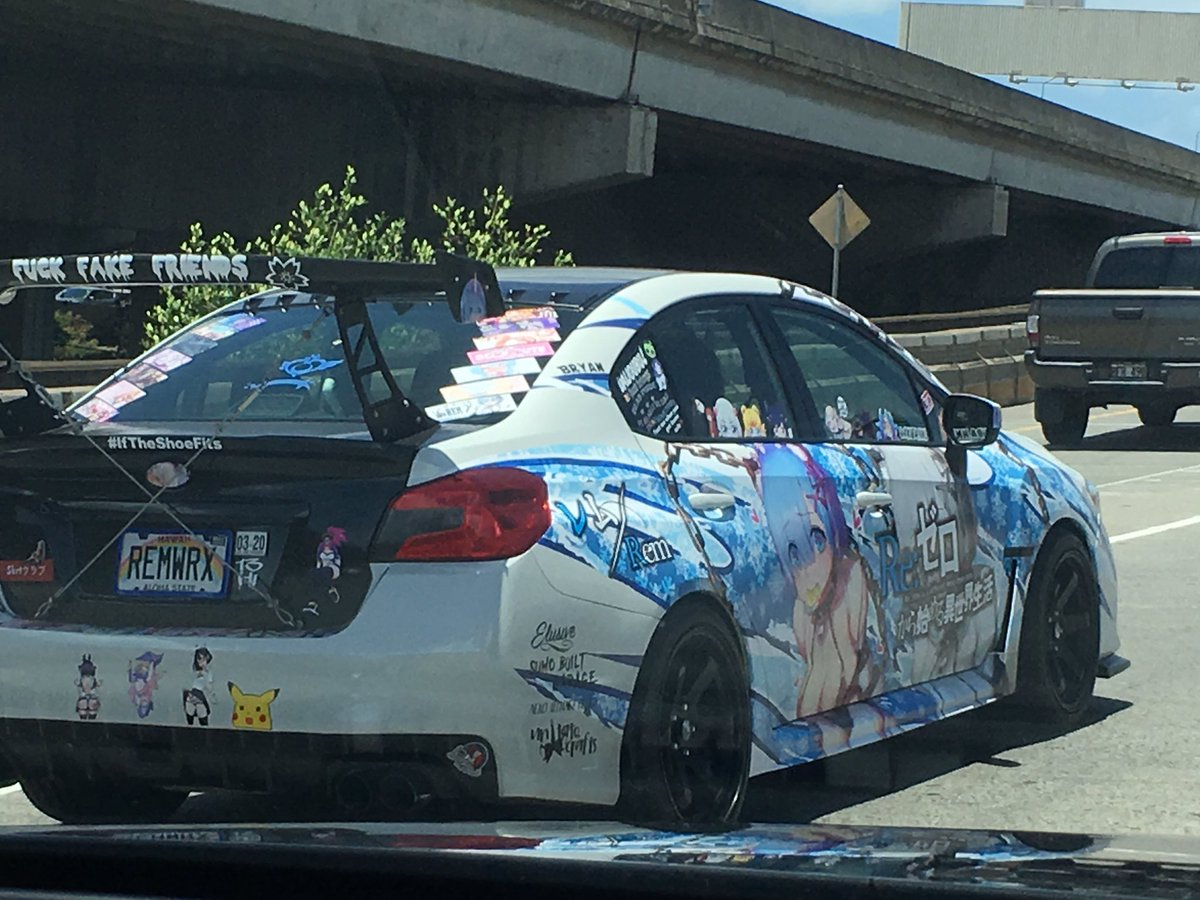 ハワイでも痛車走ってたwwww