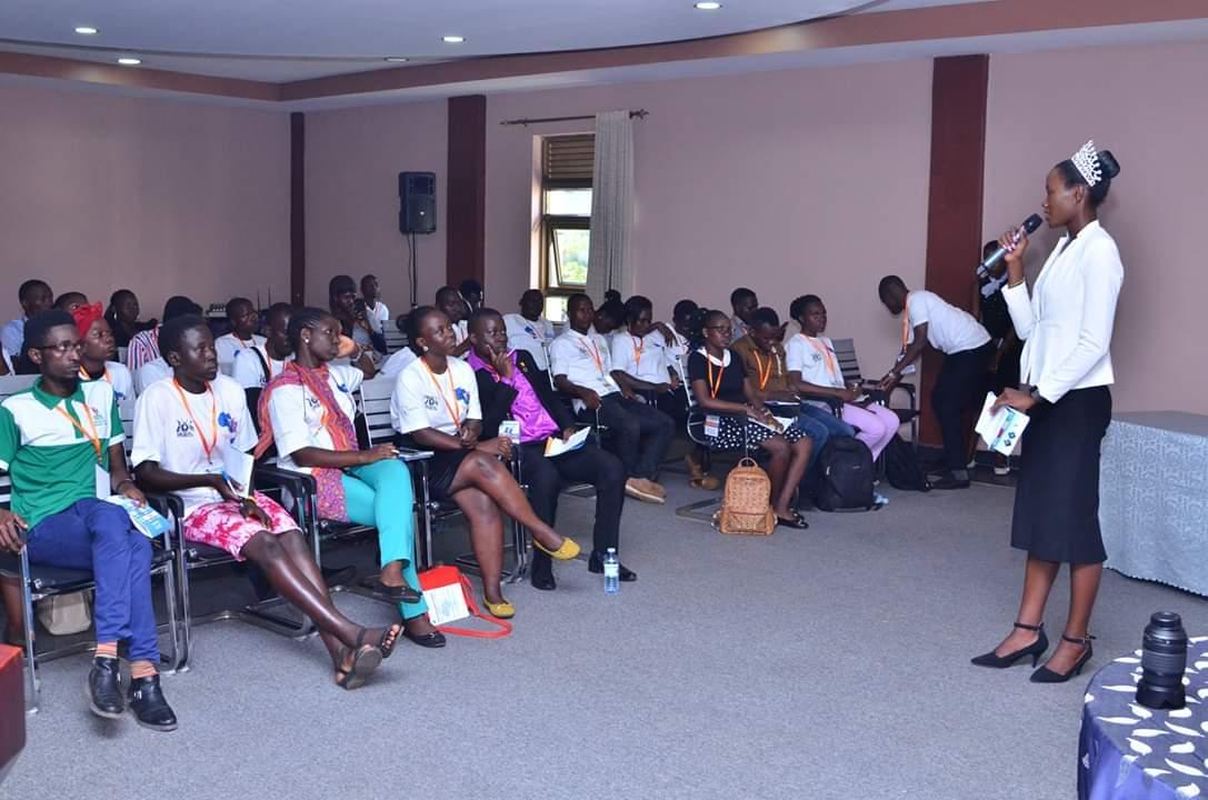 free Governance of Schooling: Comparative Studies of Devolved Management