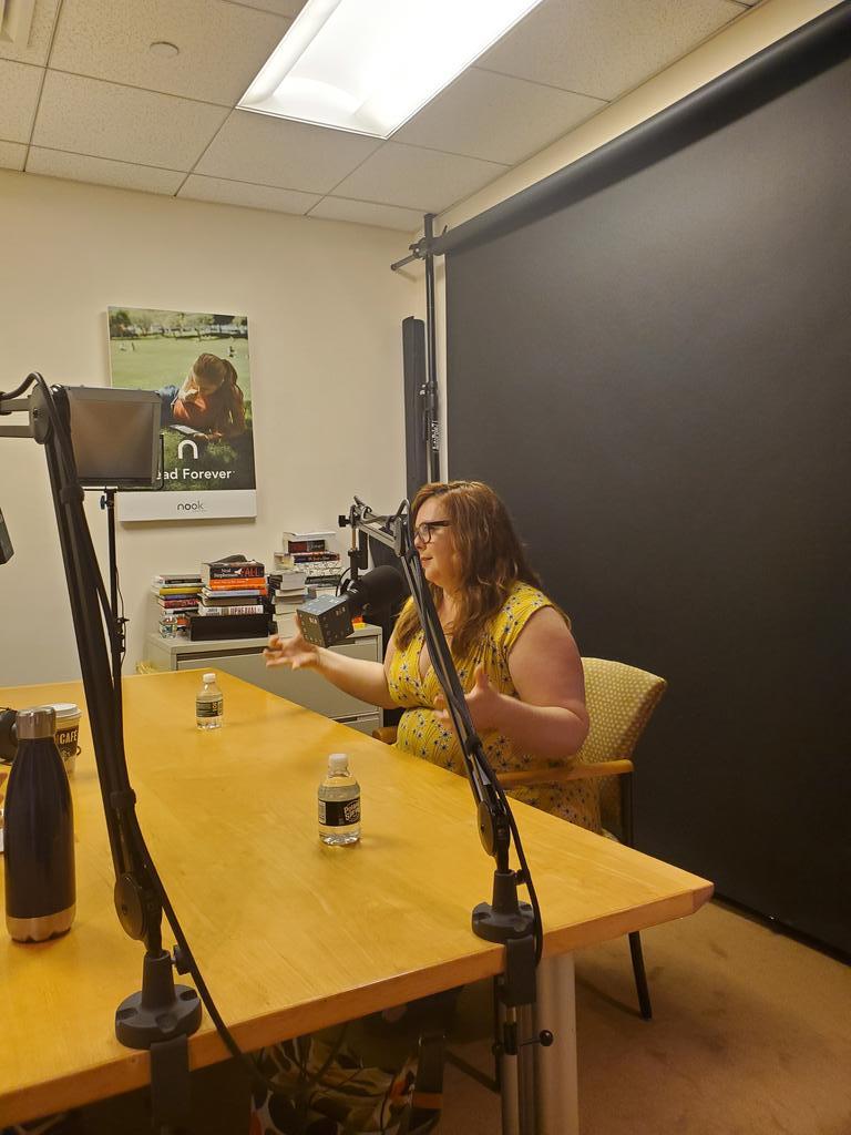 @GretchenMcNeil speaking with Melissa Albert for @BNTeens #YAPodcast #murderfunding @DisneyBooks