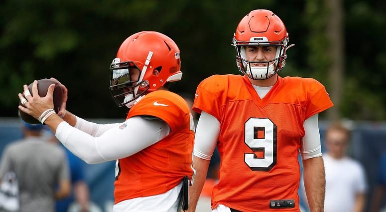 .@MaryKayCabot tells @BullandFox You can see Baker has a comfort level with entire coaching staff, I think Baker feels really good and confident about it; chemistry seems really good with this #Browns team bit.ly/33wxSKZ
