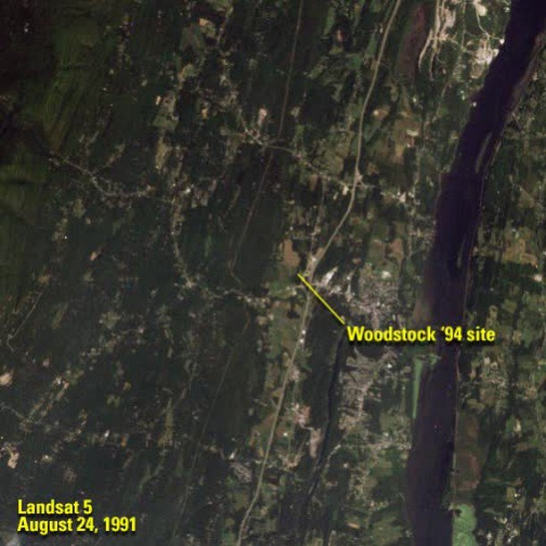 There were no Landsat satellites flying overhead when the original Woodstock festival kicked off #OTD 50 years ago. Check out the differences in #Woodstock94, the famously muddy festival in Saugerties, NY that marked the 25th anniversary of the original. ow.ly/KZeu50vyB53