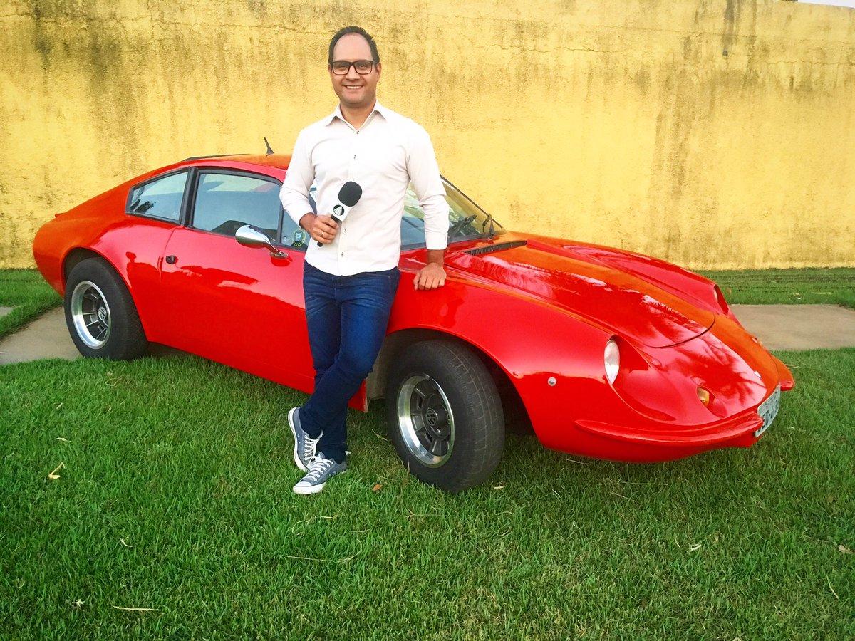 Você conhece essa marca de carro? Fala aí qual é! As curiosidades a gente conta no TJ Goiás às 13h. - - Siga no Facebook, Instagram e Twitter: @RenatoJORNUT - - #SerÉCrescer #Jornalismo #DF #Goiás #Tocantins #SP #Brasília #Goiânia #Palmas #SãoPaulo #PucTVGoiás #RedeAparecida