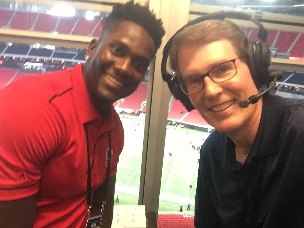 Power outage forces us inside @MBStadium Last time @HDouglas83 moves that fast 2 DBs we're watching him go to end zone. Pre game about to start on @AtlantaFalcons Radio Network