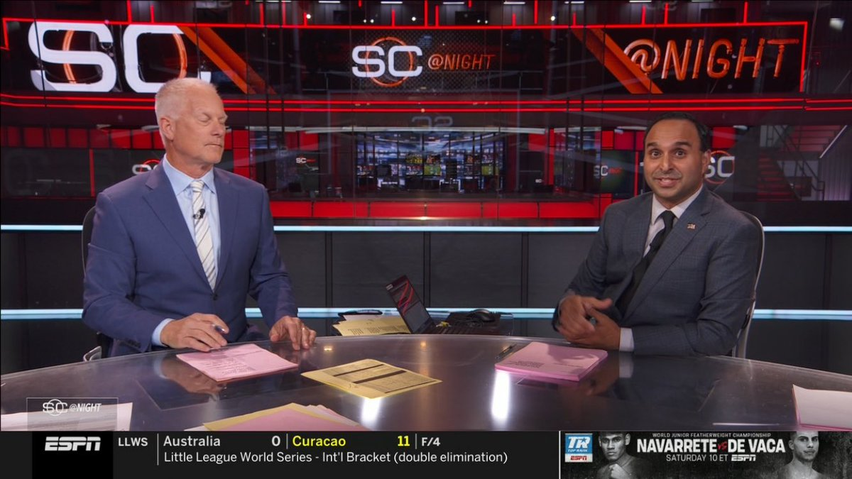ON @ESPN RIGHT NOW: It's Zubin Mehenti anchoring @SportsCenter!! #SCatnight