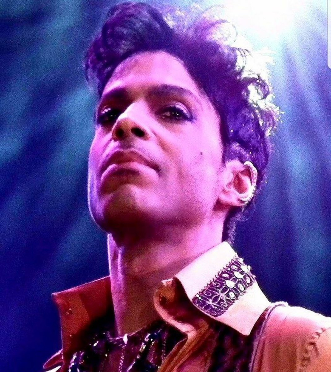Thank you for visiting this planet.  Everything you did was brilliant and amazing! #Prince #Prince4Ever <br>http://pic.twitter.com/9sIL5MGB5T