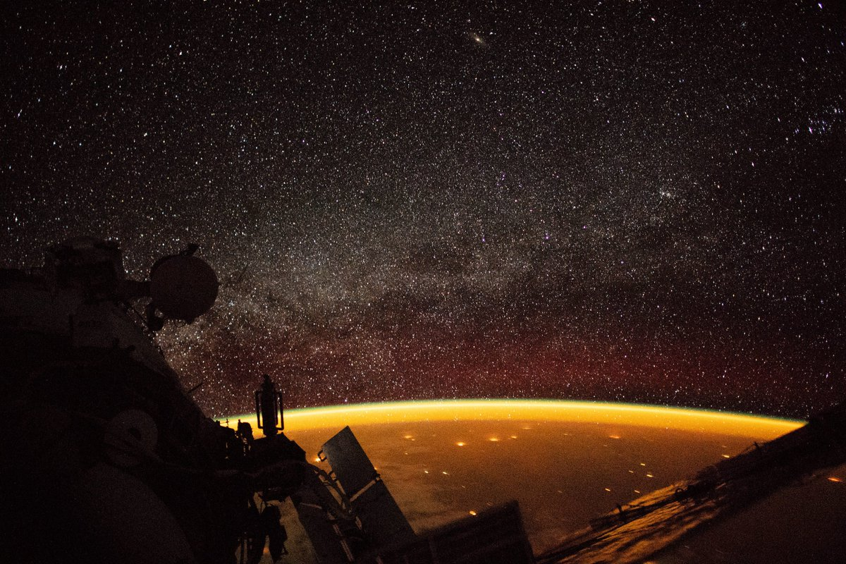 Fun fact: The orange hue you see enveloping Earth in this photo is a phenomenon known as airglow. Airglow typically occurs when nitrogen and oxygen molecules are energized by ultraviolet radiation from sunlight 🌞