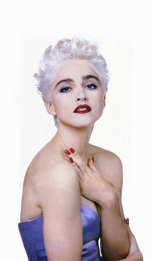 HAPPY BIRTHDAY MADONNA QUEEN OF THE GAYS!!!