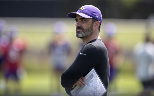 #Vikings offensive coordinator Kevin Stefanski continues to impress his first boss in the NFL. @SidHartman catches up with former Vikings coach Brad Childress https://t.co/Ecl3K5pOif https://t.co/iOD3v8qiJD