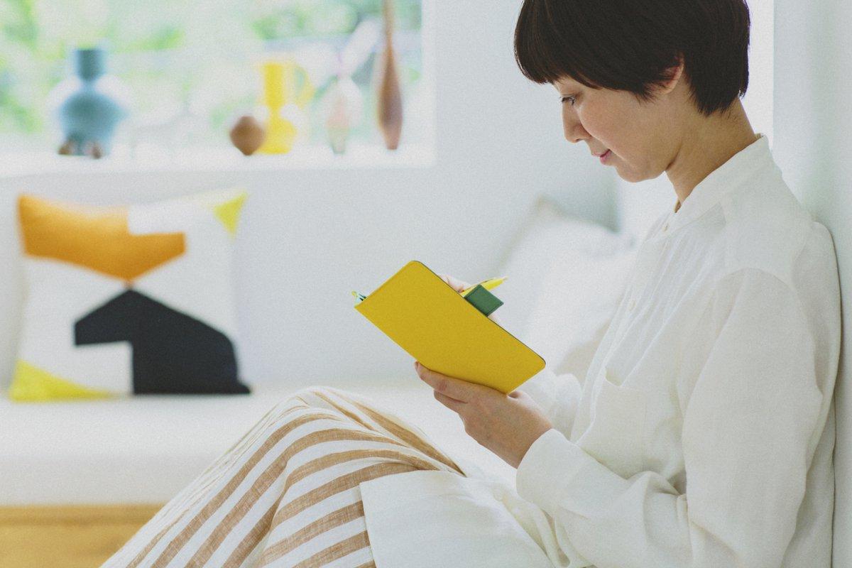 世界中で85万人が使う「ほぼ日手帳」2020年版は99種類。月間ノート手帳「day-free」も新登場!