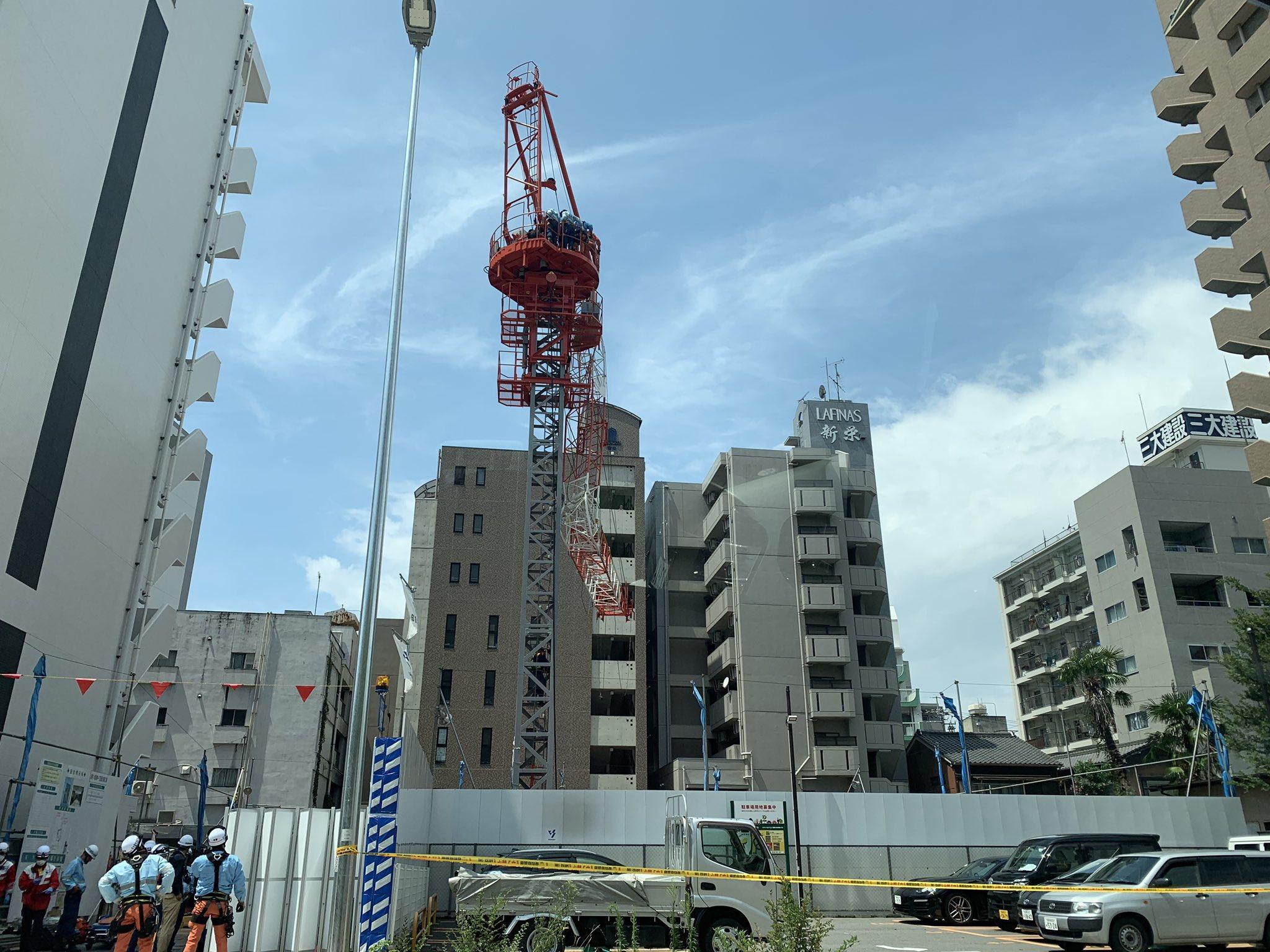 名古屋市中区新栄で作業員がクレーンの下敷きになった事故現場の画像