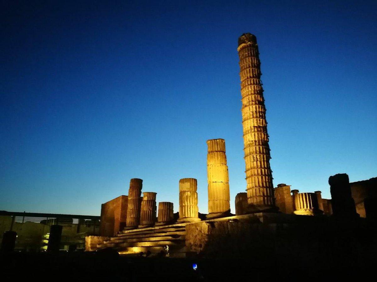 Tornano i percorsi illuminati nei siti archeologici vesuviani, nell'ambito dei progetti di valorizzazione 2019, promossi dal Ministero per i beni e le attività culturali. Fino al 28 settembre Info: pompeiisites.org/comunicato-sta…