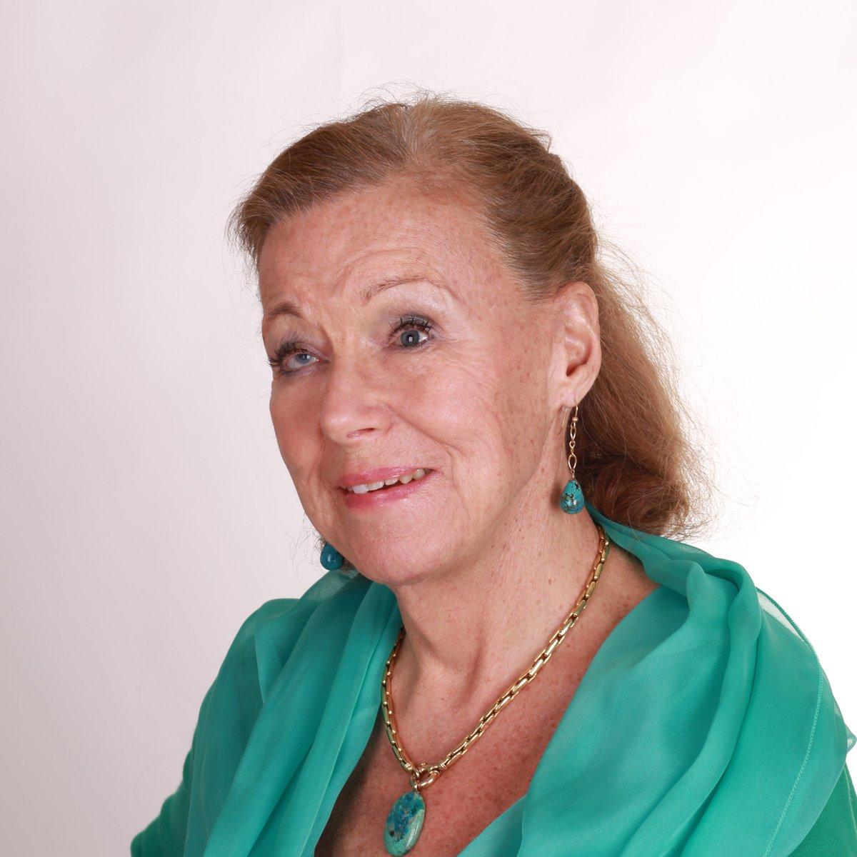 test Twitter Media - Ik ben bedroefd door het bericht dat prinses Christina op 72-jarige leeftijd is overleden. Haar betrokkenheid en haar warme persoonlijkheid zullen door velen in binnen- en buitenland worden gemist.   Volledige reactie via  https://t.co/PR5ingdAMi https://t.co/SWAsTIHaBx